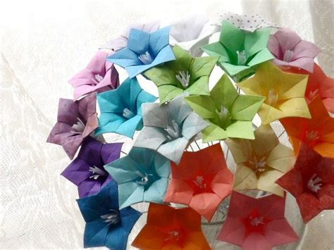easy origami flower bouquet 17 best images about flowers on origami paper