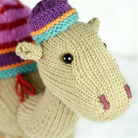 free camel knitting pattern kemal the camel knitting pattern