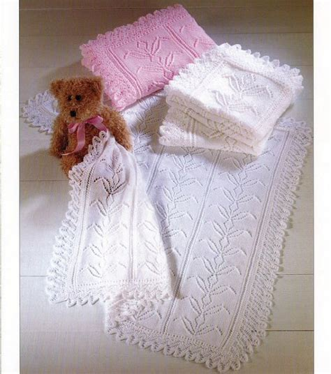 knitting patterns for baby blankets and shawls 1000 images about knitting baby shawls on