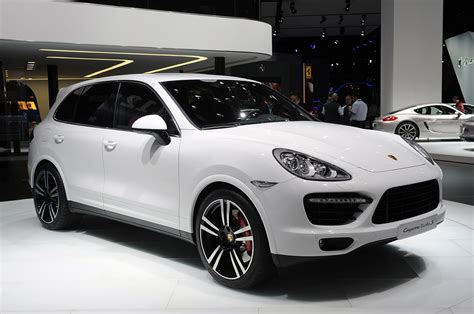 2014 Porsche Cayenne Turbo S by The 2014 Porsche Cayenne Turbo S Brings 50 Ponies To