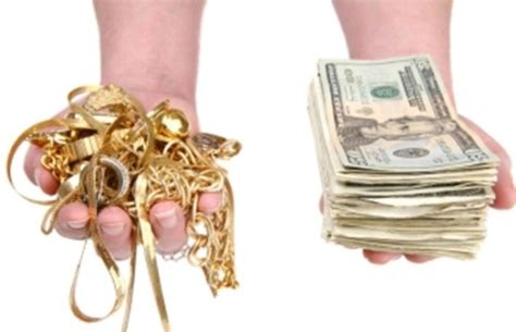 selling jewelry strategies for buying and selling jewelry clearly golden