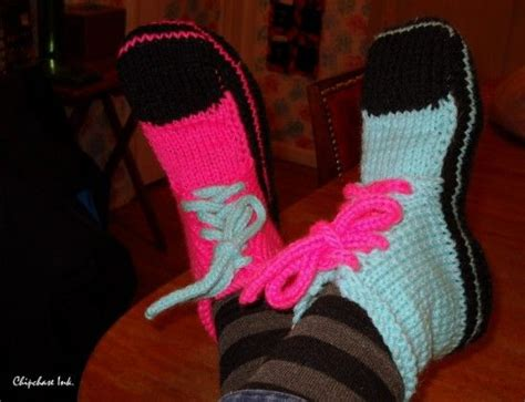 knitted converse slippers pattern 25 best ideas about converse slippers on