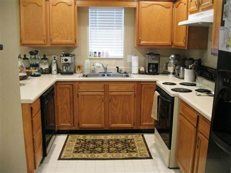 kitchen cabinet pictures ideas repainting kitchen cabinets pictures ideas from hgtv hgtv