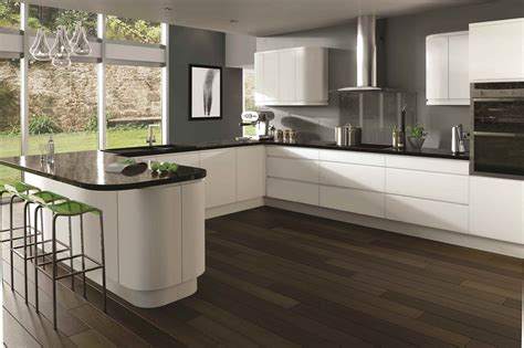 Kitchens With An Island integra gloss white