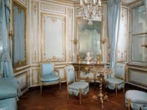 royal interiors travel studies