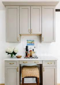 crown molding on kitchen cabinets kitchen cabinet crown molding design ideas