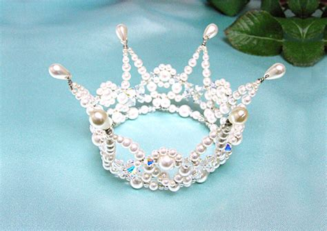 beaded crown a shining beaded crown by sandylee222 on deviantart