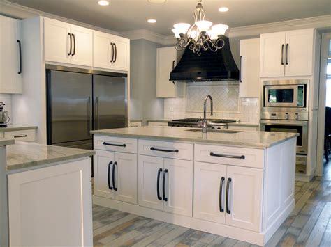 classic kitchen cabinet knobs shaker kitchen cabinet cabinets outstanding white shaker cabinets ideas rta