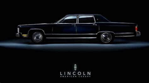 Car Town Wallpaper by Lincoln Town Car Lincoln Cars Background Wallpapers On