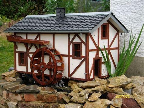 gartendeko holz wassermühle bild wasserm 252 hle kunsthandwerk holz juttajupp bei