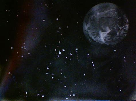 spray paint moon how to spray paint moon by charcoalhearts on deviantart