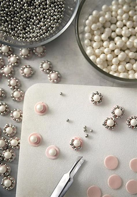how to make edible jewelry for cakes how to make edible jewels for wedding cakes or princess