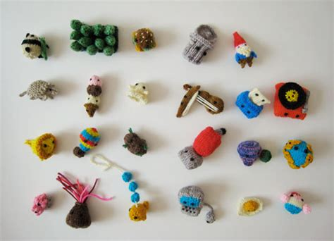tiny knitted things tiny things wrap up mochimochi land