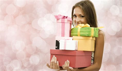 womans gifts gifts that every wants this year dating 24x7