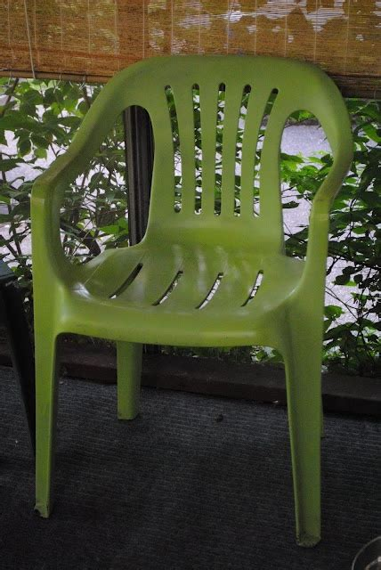 spray painting vinyl furniture 28 best images about plastic chairs on the