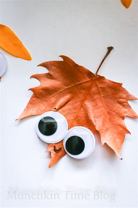 crafts with leaves for leaf craft for