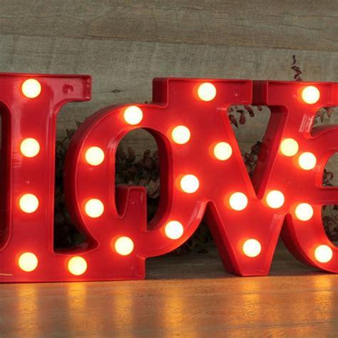 letras love decoracion letras love luminosas una boda original