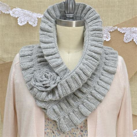ruffle scarf knitting pattern sparkly silver gold knitting patterns and yarns