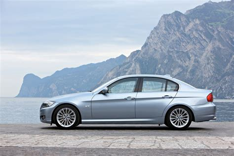 Bmw 3 Series 2011 by 2011 Bmw 3 Series Review Specs Pictures Price Mpg