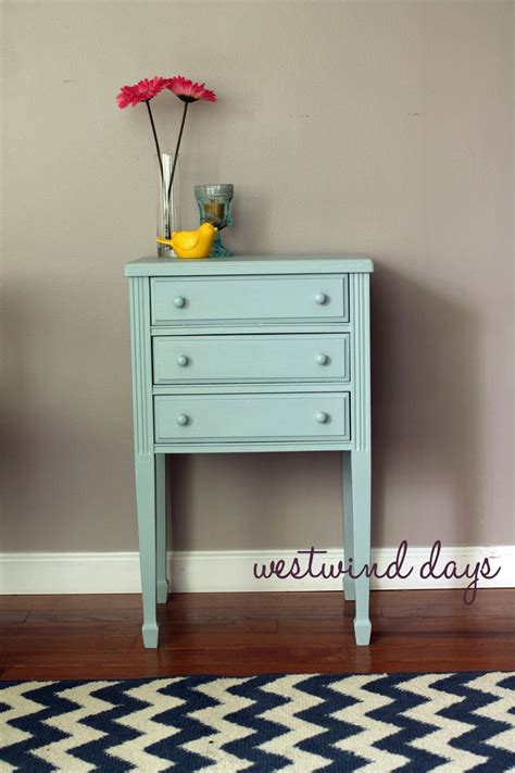 chalk paint americana end table refurbish with americana decor chalky finish