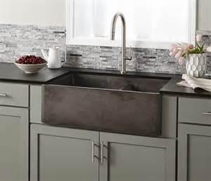 kitchen with farm sink 25 best ideas about farmhouse sinks on farm