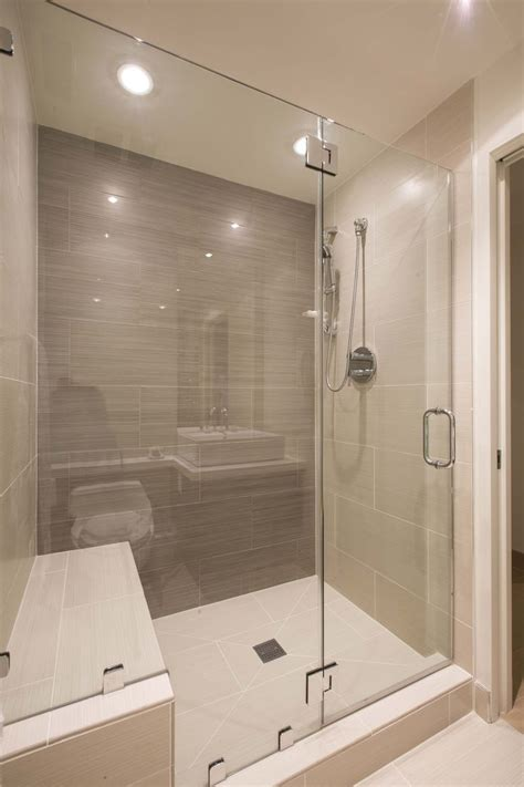 cool showers and baths best 25 bathroom showers ideas on master
