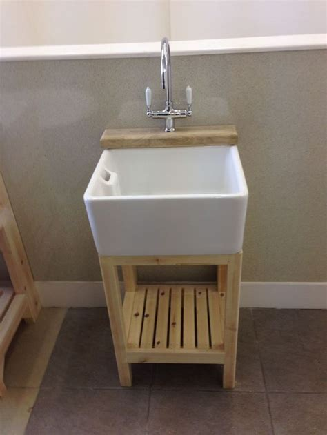 kitchens with belfast sinks 17 best ideas about belfast sink on shaker