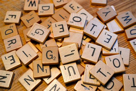 il scrabble word wooden scrabble tiles