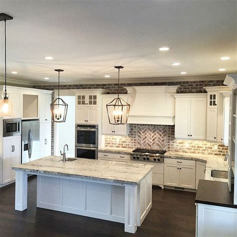 big kitchen ideas best 25 big kitchen ideas on big homes house interior and built in pantry