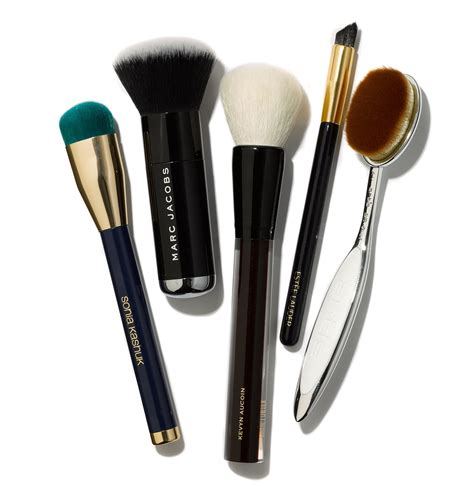 makeup brushes a guide to the best makeup brushes to buy now w magazine
