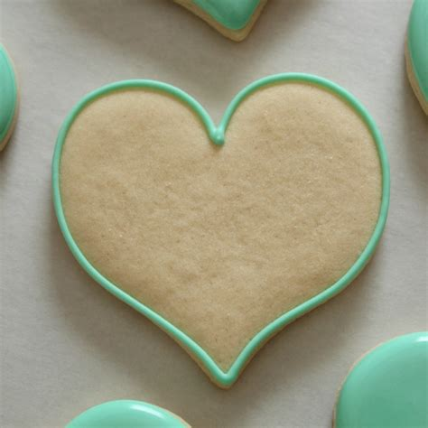 decorating sugar cookies how to make decorated sugar cookies on craftsy