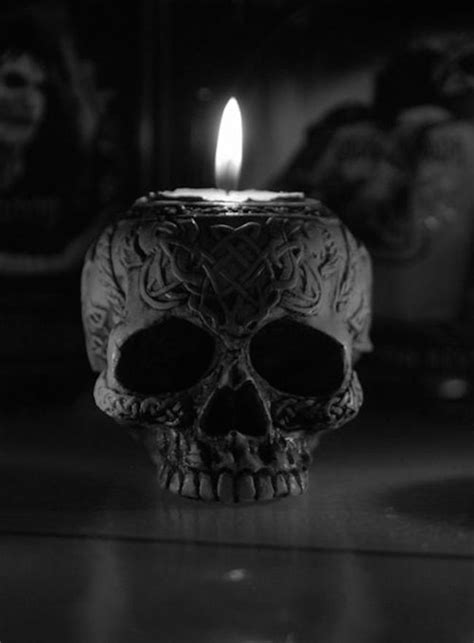 black skull 15 creepy candle holder ideas for a scary