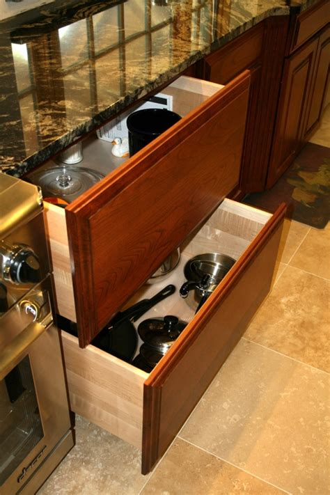 drawers for kitchen cabinets 17 best images about kitchen base cabinets drawers on