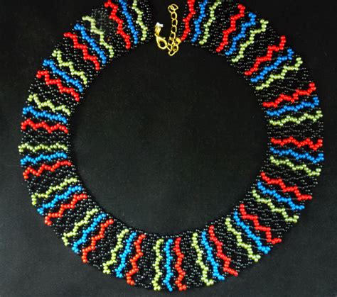 beading patterns for beading necklace on peyote triangle beadwork