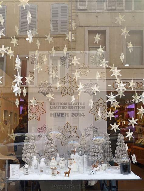 decoration de noel vitrine magasin