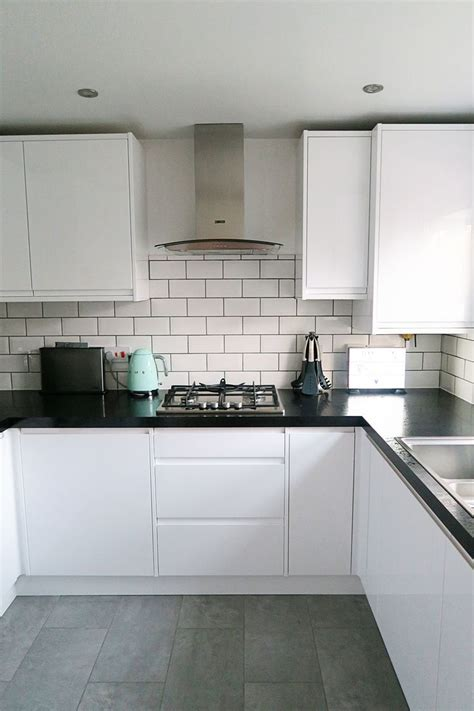 white gloss kitchen designs 10 best ideas about white gloss kitchen on