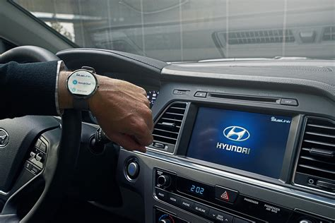 Bluelink Hyundai by Hyundai Blue Link Debuting Voice Recognition Smartwatch