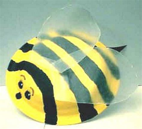 paper plate bumble bee craft 41 excellent paper plate craft ideas hubpages