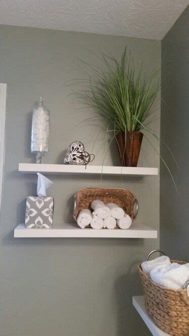 Spa Themed Bathroom Ideas by 25 Best Ideas About Floating Shelves Bathroom On