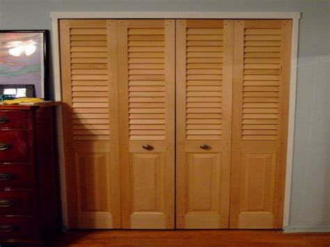 wooden sliding closet doors for bedrooms wood closet doors for bedrooms pilotproject org