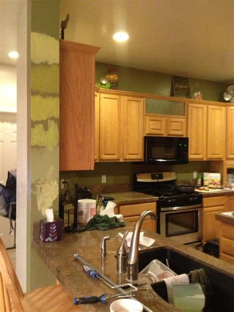 paint colors kitchen honey oak cabinets best paint color with honey oak cabinets