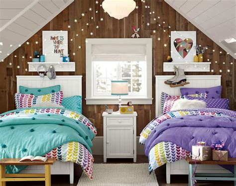 Small Space Kids Bedroom by Best 25 Teenage Attic Bedroom Ideas On Pinterest Attic