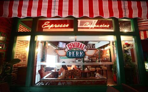 """The Central Perk Cafe From """"Friends"""" Is Real (In China)"""