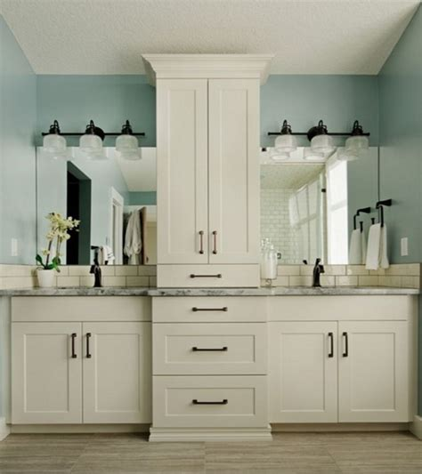 master bathroom vanities ideas best 25 master bath vanity ideas on master bathrooms bathroom cabinets and master