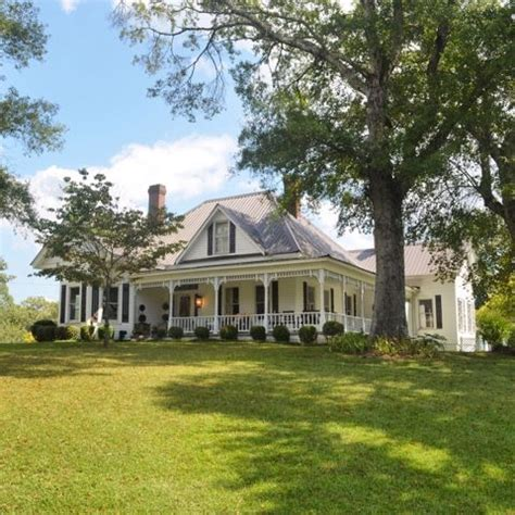 country farm house 25 best ideas about country farm houses on