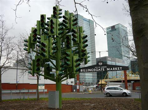 light the tree traffic light tree