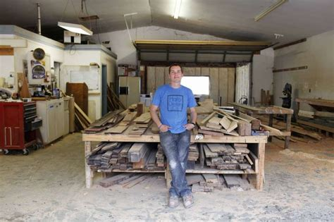 houston woodworking show carpenter clint harp becomes fixer competition