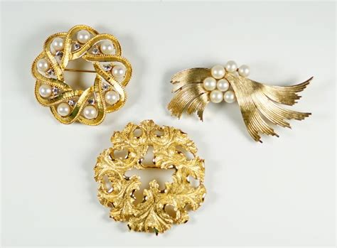 jewelry pins 1000 images about vintage costume jewelry pins on