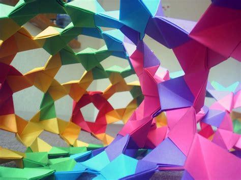 origami expert origami expert creates quot impossible quot computer