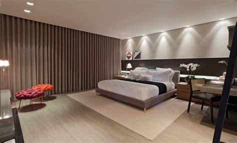 como decorar um quarto de casal grande decora 231 227 o para quarto de casal grande yazzic